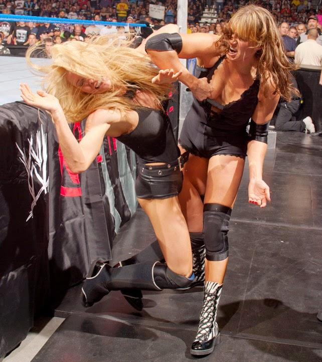 Stephanie McMahon-Trish Stratus-wrestling-wwe-wwe diva-wwe divas