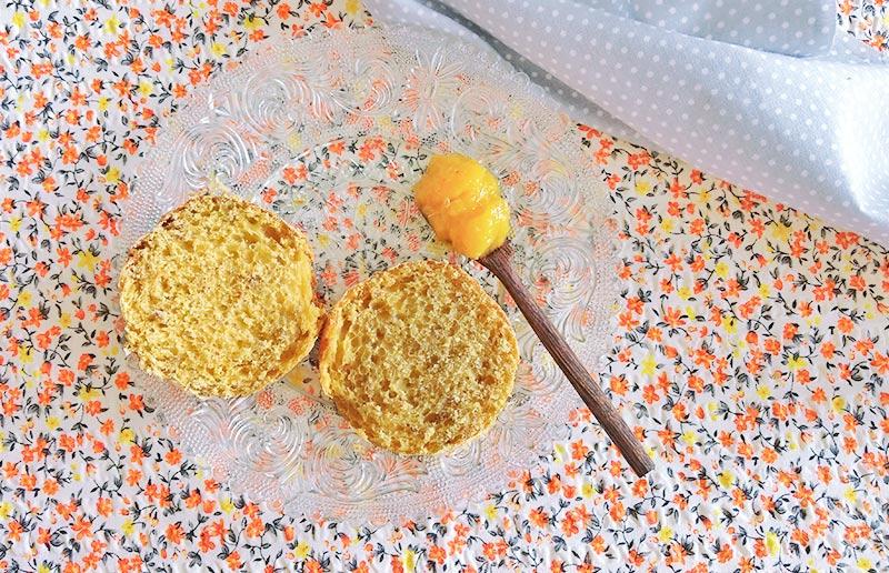 Pão de casca de abóbora por dentro