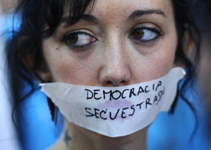 A democracia é cousa distinta
