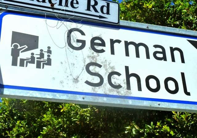 Funny German School Sign Sieg Heil Fail Joke Picture