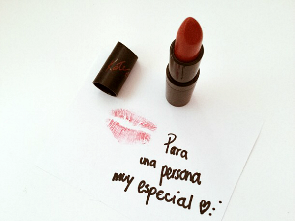 """""""Un Beso Muy Especial"""""""