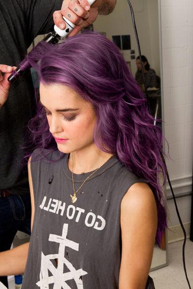 http://3.bp.blogspot.com/-SGBVa40bFyI/T-KyWRLMJuI/AAAAAAAAAsc/l_-meos2624/s1600/purplehair17.jpg Lavender