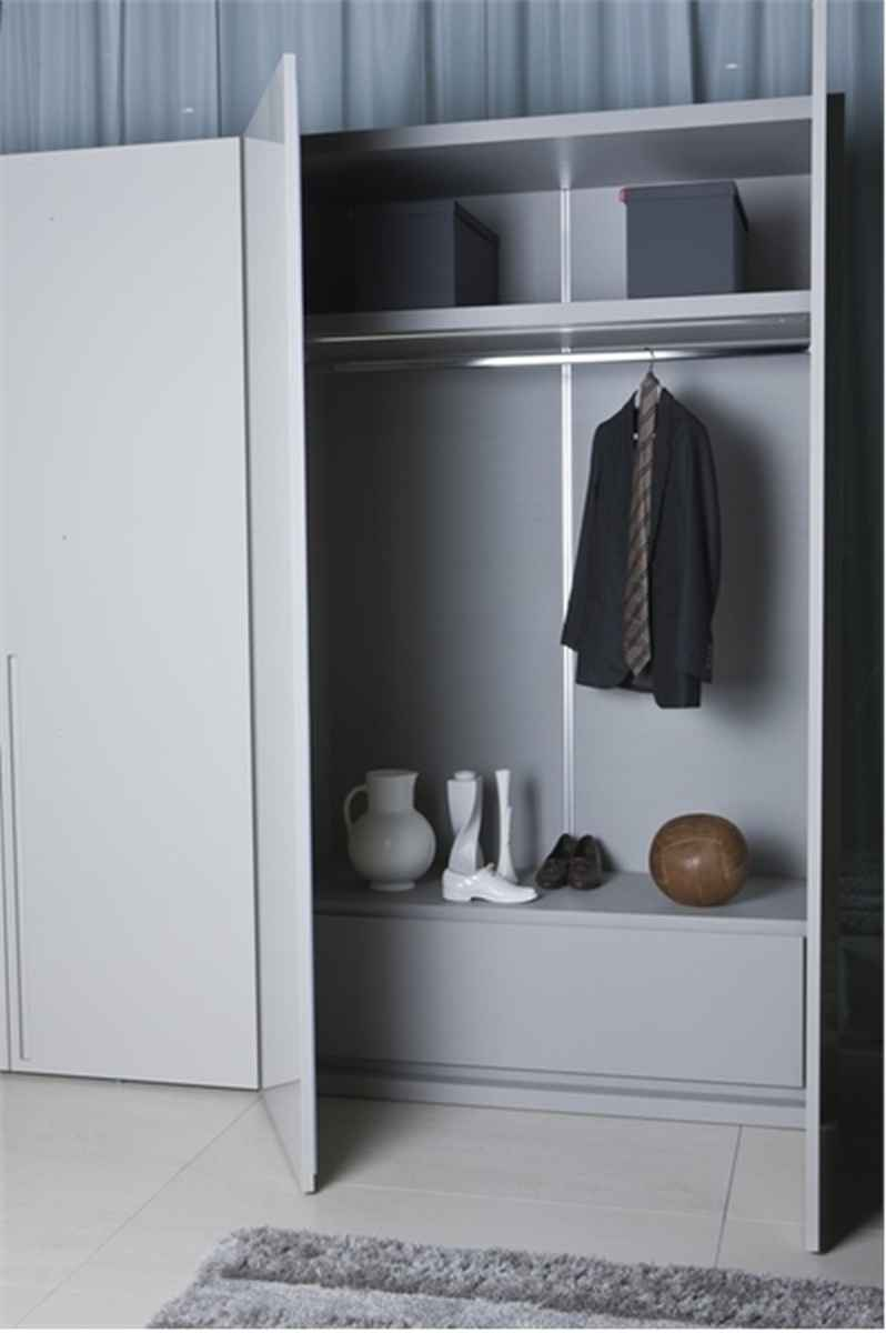 Find Ideas For Modern And Minimalist Wardrobe Home