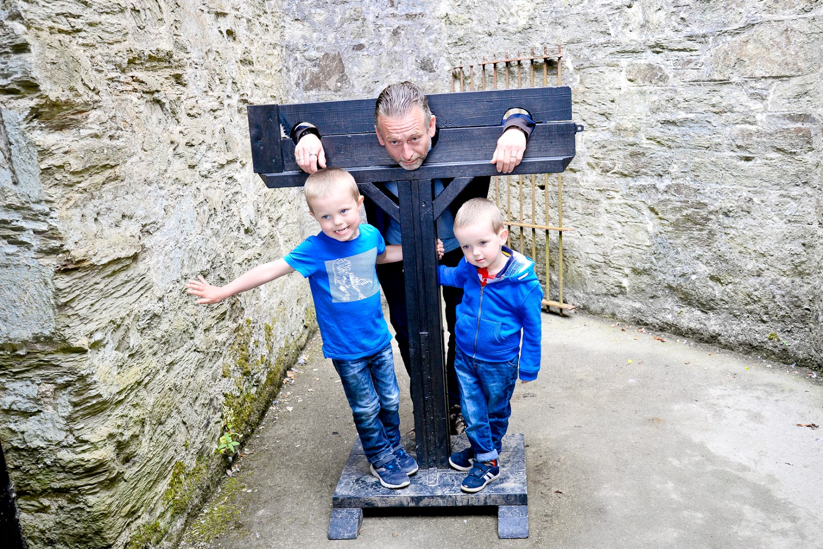 bodmin jail, uk family holidays with kids, cornwall days out with the kids, family travel uk,