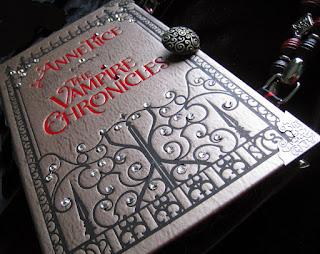 livro-resenha-vampiros-gatitaecia