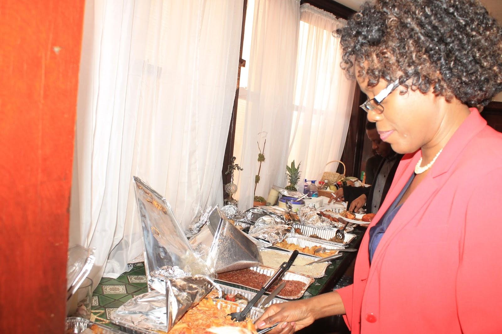 Vijimambo taswira ya sala ya pasaka new york tanzania for Sala new york