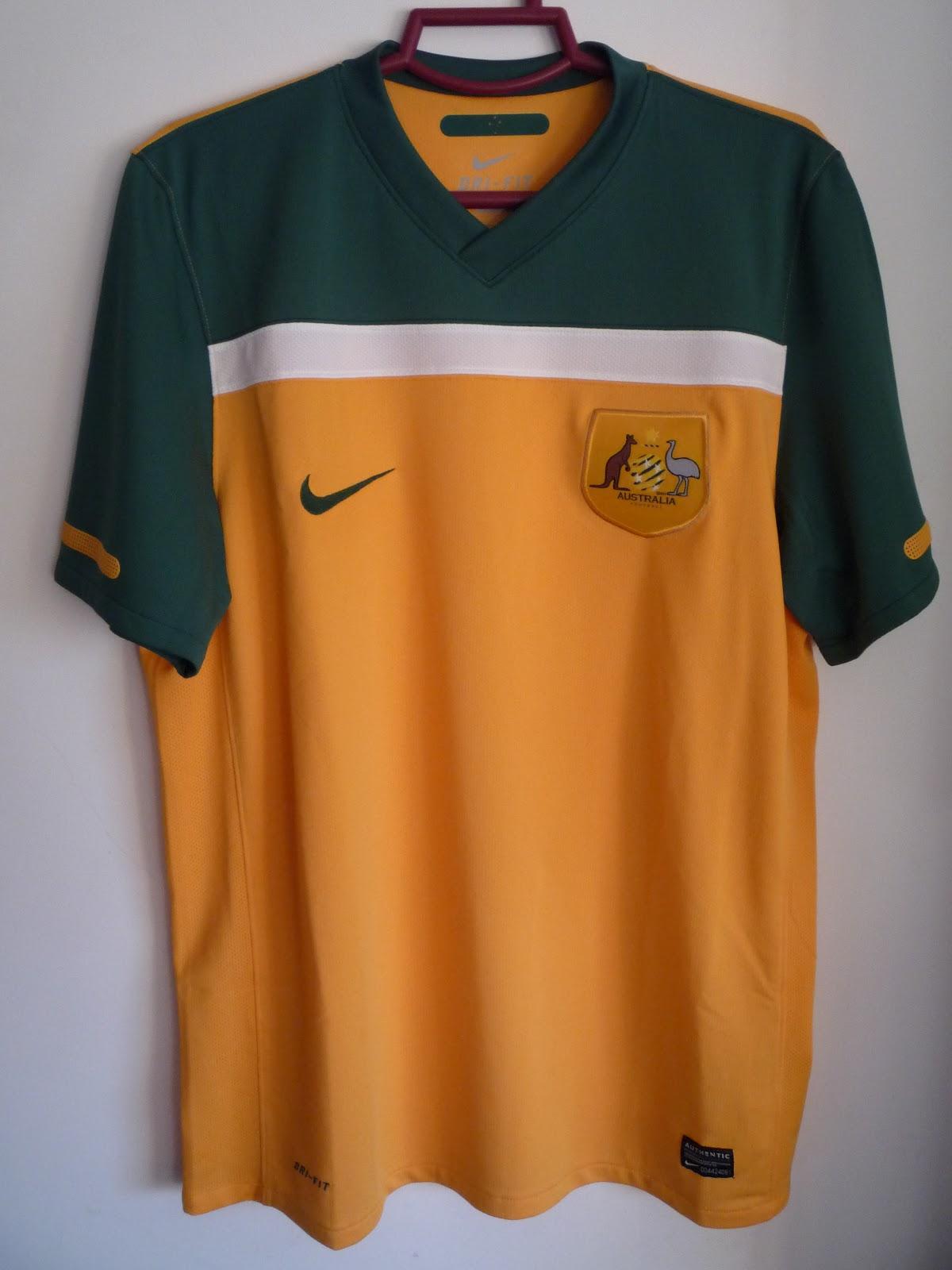 Football Uniforms  2cb31f82b