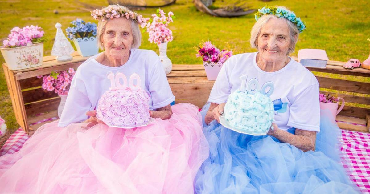 Heartwarming Pictures Of Twins Celebrating Their 100th Birthday