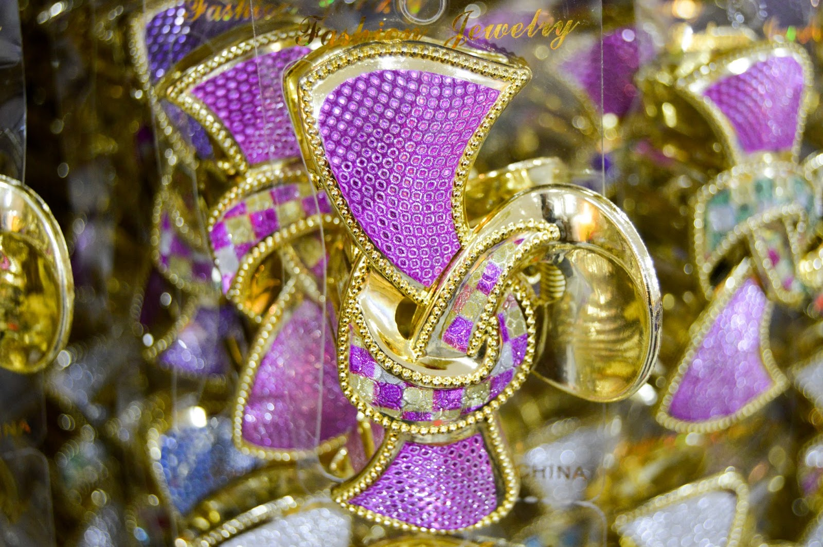 Plastic Clip Hair Bank Purple and Golden Free Stock Photos