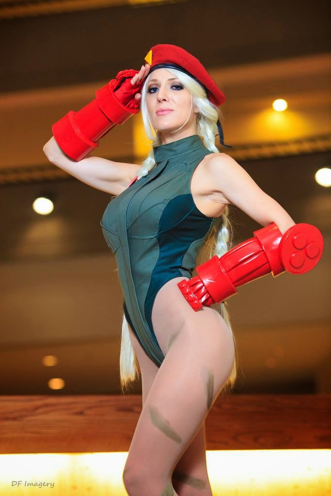 fighter cosplay from street Cammy