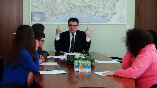 Συνέντευξη Πέτροβιτς σε μαθητές του ΕΕΕΕΚ-ΤΕΕ Ειδικής Αγωγής και του 2ου Γυμνασίου Αλεξανδρούπολης
