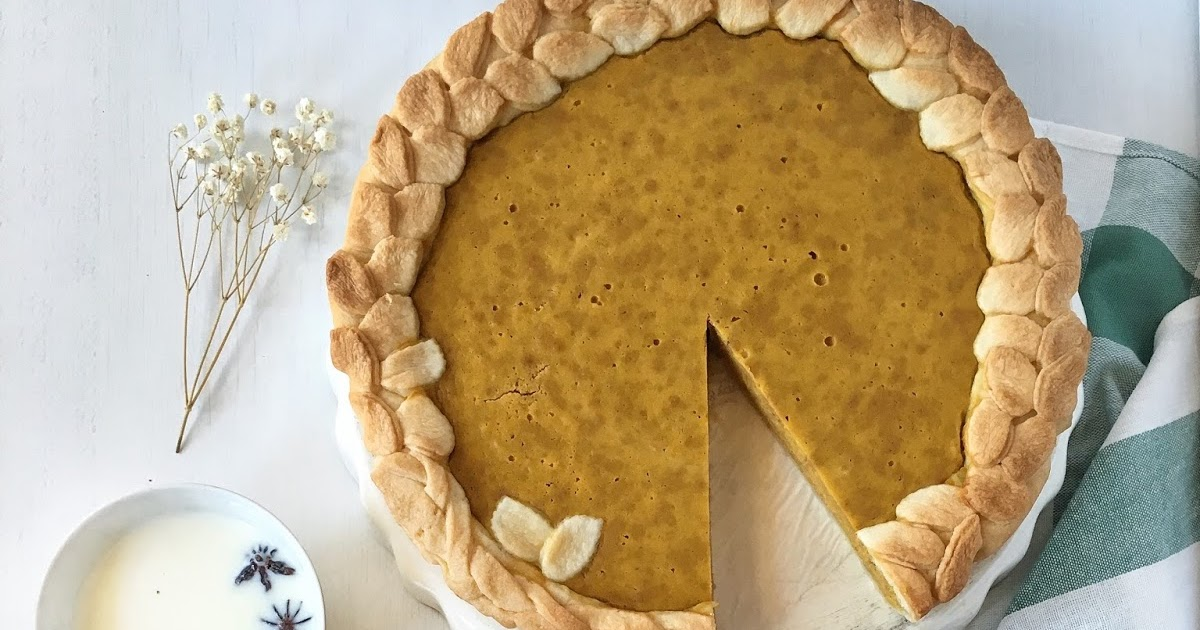 { Food } - Traditional pumpkin pie
