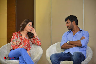 Vishal and Tamannah Stills at Okkadochadu Movie Press Meet  0010.jpg