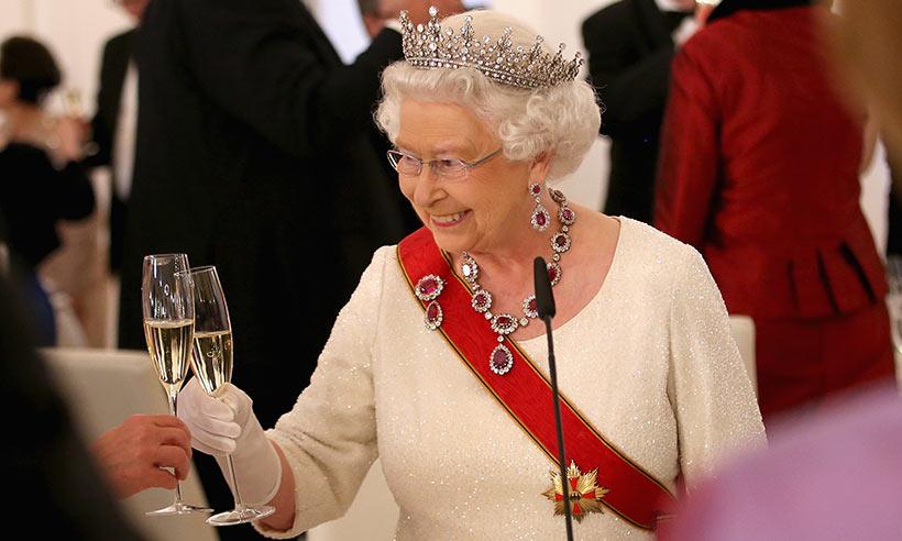 Resultado de imagem para rainha elizabeth vinho
