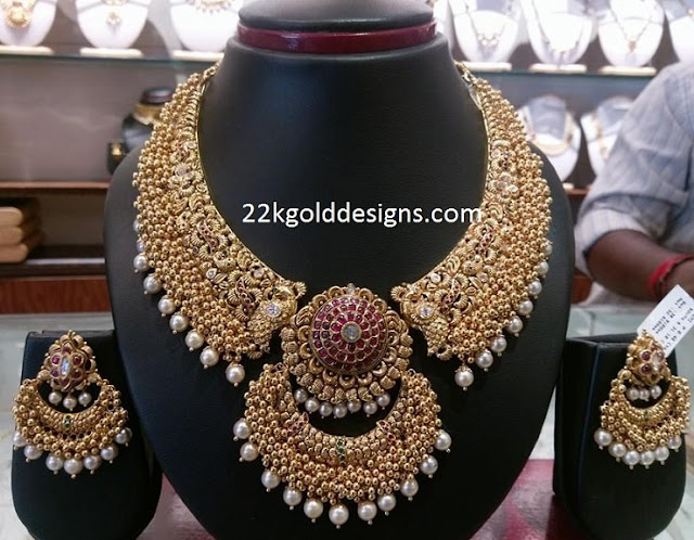 Heavy Gold Muvvalu Necklace with Pearls