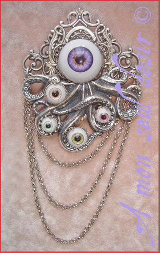 broche gothique oeil yeux tentacule cthulhu pieuvre poulpe kraken eye brooch gothic goth tentacle octopus jewel