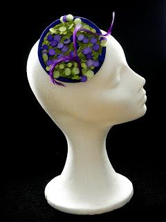 Tocado en verde y lilas lentejuelas VENDIDO