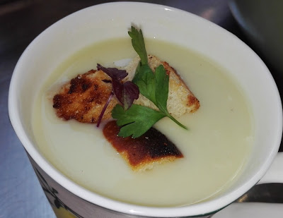 Leak and Potato soup, recipe, croutons, vegetarian, personal chef, Palm Beach, Ft. Lauderdale, Cooking Classes