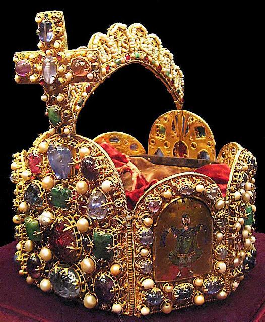 Coroa imperial de Carlos Magno, usada por Othon I