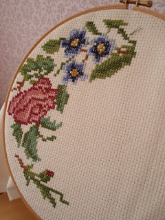 Cross stitch - Rosebud pattern by Jane Greenoff
