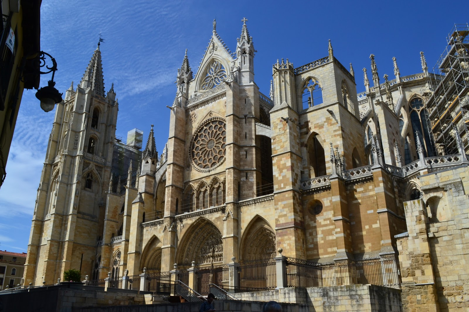 "Santa María de la Regla, the León cathedral is also known as ""The House of Light"" or the 'Pulchra Leonina.'"