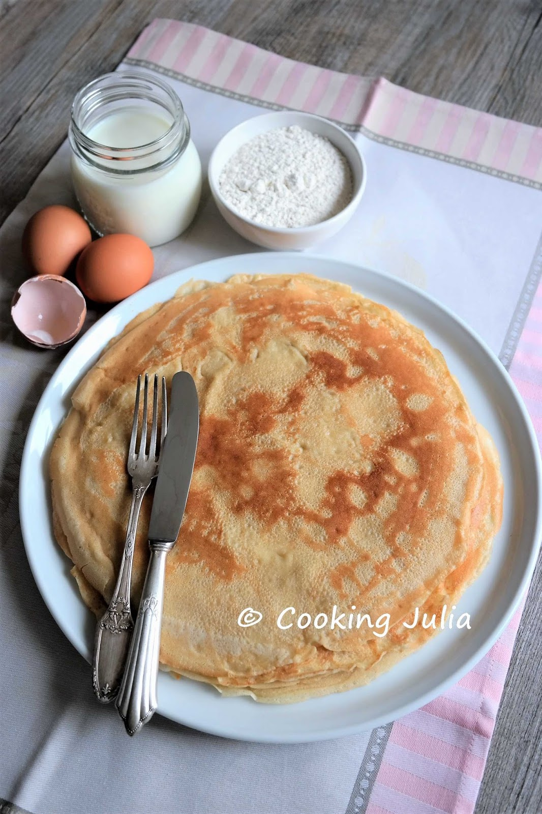 Cooking julia p te cr pes trois versions - Pate a crepes thermomix ...