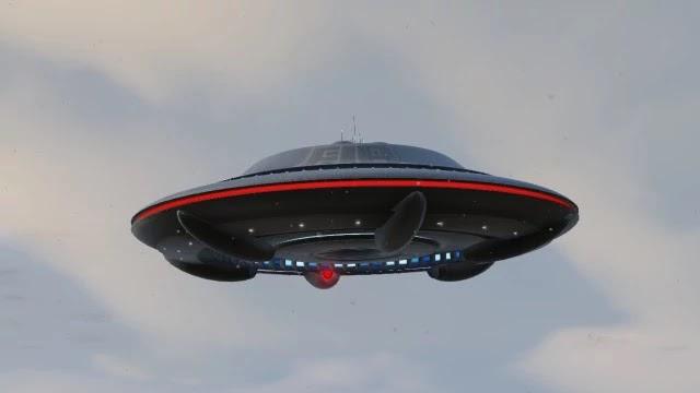 Γαλλία: UFO στον σκοτεινό ουρανό του Παρισιού! [Βίντεο]