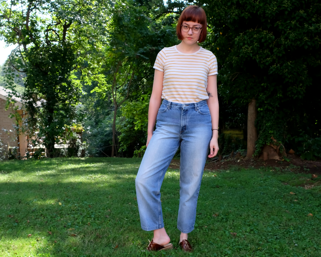 mom jeans and everlane outfit