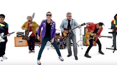 Lirik : Iwan Fals - Hidup Yang Hebat (Feat. NIDJI)