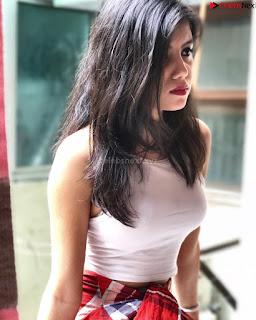 Beautiful Instagram Indian Model Ishika Mathur in lovely shorts bikini pics ~ .xyz Exclusive 012.jpg