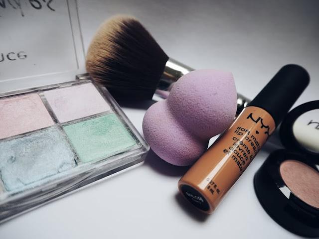 Tips Membedakan Kosmetik Yang Masih Bisa Dipakai Dan Tidak