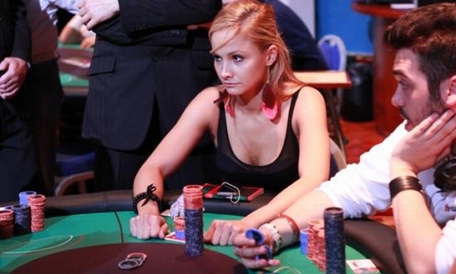 3 Pemain Poker Tercantik