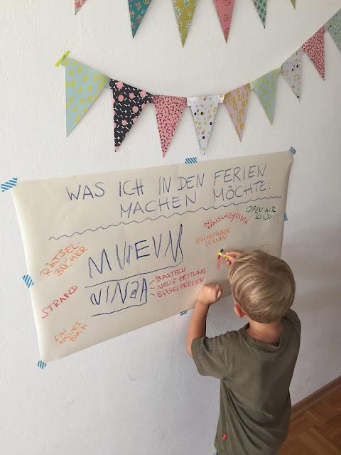 Ferienbuch Ferienplakat mit Ideen fuer die Sommerferien Jules kleines Freudenhaus