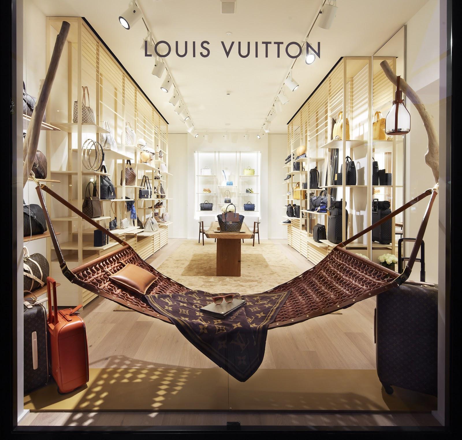 online store 9edbd 1f522 La Vie C'est Chic: LEISURE_Un nuovo concetto di boutique ...