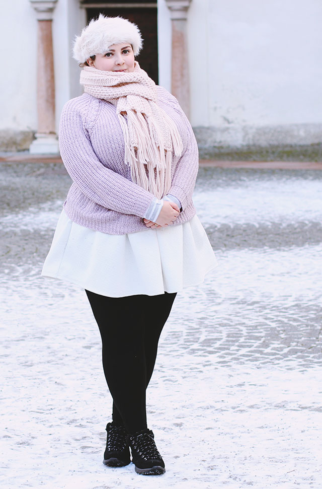 Plus size winter pastels outfit