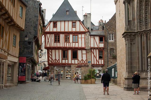 Vannes diario viaje Bretaña Normandia Francia turismo
