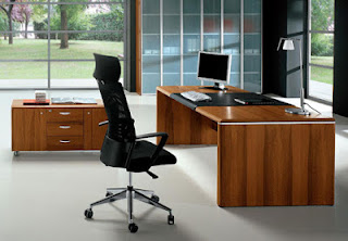 Lựa chọn bàn ghế phù hợp khi thiết kế nội thất văn phòng