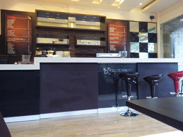 Trapesium Cafe