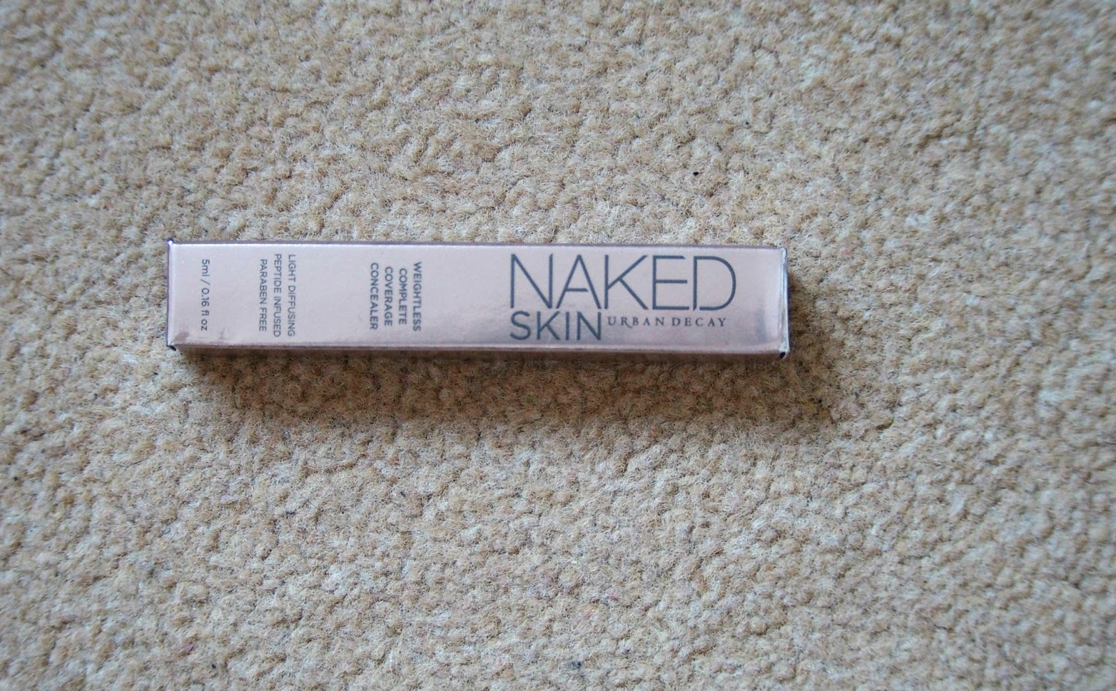 Package of concealer
