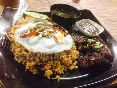 Nasi Rempah Scrapper Daging Bakar