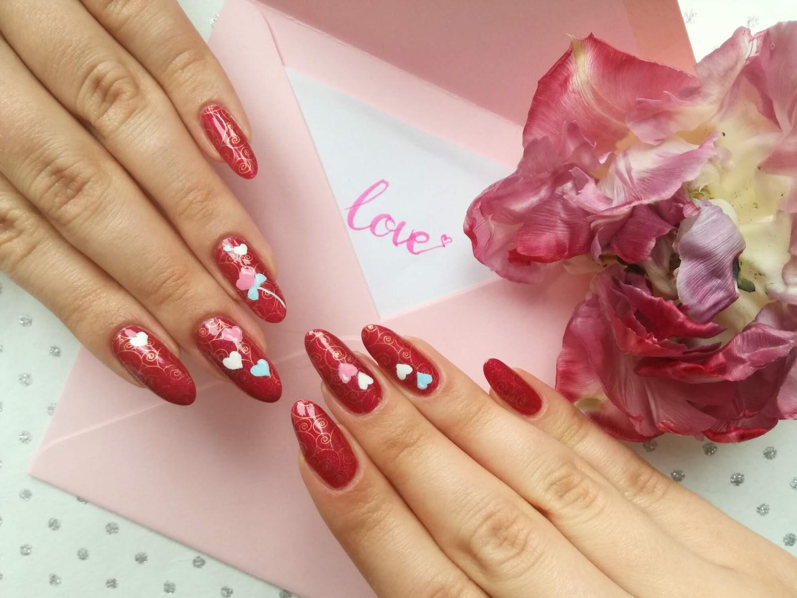 walentynkowe paznokcie love