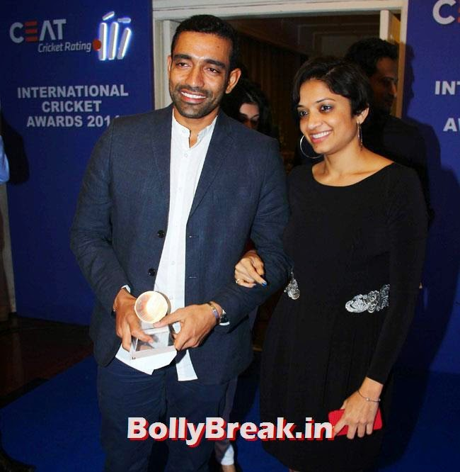 Robin Uthappa, Chitrangada Singh performed at CEAT Cricket Ratings Awards 2014