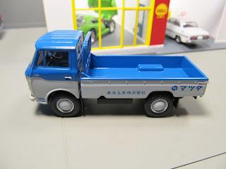 Tomica Limited Vintage LV-112c Mazda E2000  Toyo Kogyo