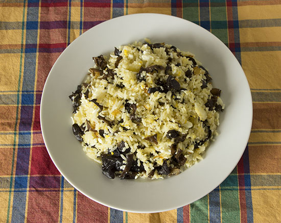 Chinese food - Rice fried with egg and seaweed