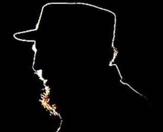 Fidel permaneceu no poder por 49 anos. Ao morrer, estava com 90 anos de idade. Apesar de ostentar crucifico em algumas fotos, receber as visitas de dois papas, João Paulo II e Francisco, afirmar que considerava suas relações com o Vaticano  ótimas, desde 1959 Castro se definia como ateu.