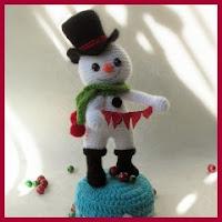 Hombre de nieve amigurumi