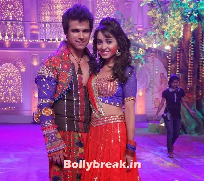 Ritvik and Asha,  Jennifer winget, Shayantani , Others at Star Plus Holi Masti Gulal Ki