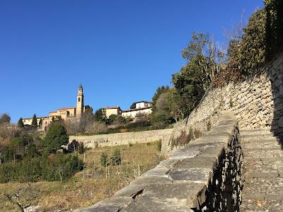 Salita Scorlazzino and the Tempio dei Caduti tower