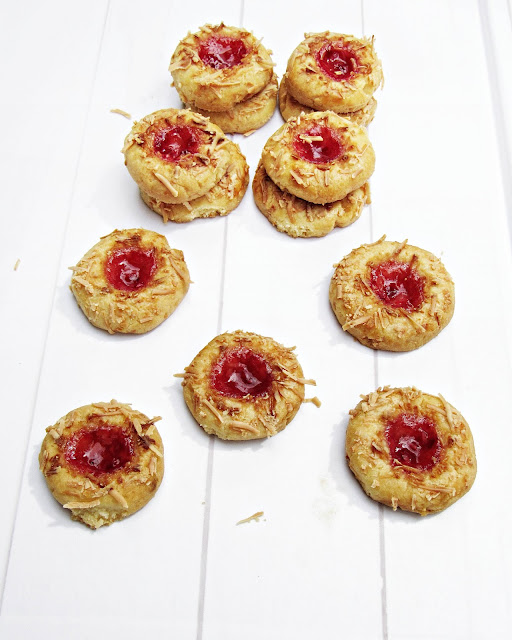 [CNY Edition] Rapsberry Thumbprint cookies New Recipe