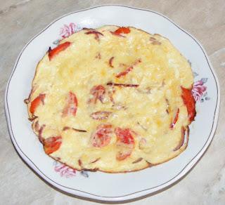 omleta pufoasa, omleta cu legume, omleta cu rosii, omleta cu branza, retete culinare, scrob, fel de mancare, mic dejun,